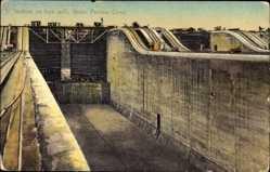 Postcard Gatun Panama, Panama Kanal, Inclines on lock walls, Schleusen