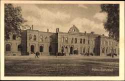 Postcard Jelgava Mitau Lettland, Blick auf den Bahnhof, Straßenseite, Fassade