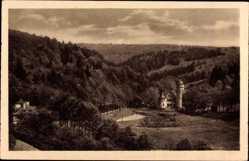 Postcard Mespelbrunn Unterfranken, Blick auf das Schloss, Waldhänge