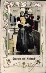 Leporello Ak Frau mit Kind in Tracht, Trachten verschiedener Regionen