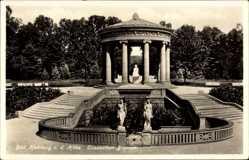 Postcard Bad Homburg vor der Höhe, Partie am Elisabethen Brunnen