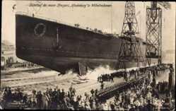 Künstler Ak Schwarmstädt, Stapellauf, Neuer Kreuzer Hindenburg in Wilhelmshaven