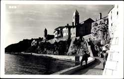 Postcard Rab Kroatien, Straßenpartie am Wasser, Turm, Gebäude, Mauer