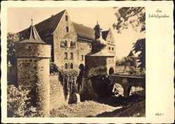Postcard Junkersdorf Köln am Rhein, Partie am Schlossgraben, Brücke, Turm