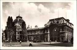 Postcard Nürnberg in Mittelfranken Bayern, Blick auf den Hauptbahnhof, Straßenseite