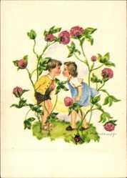 Künstler Ak Wasserkampf, Herta, Kinder setzen zum Kuss an, Klee