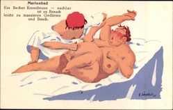 Künstler Ak Mariánské Lázně Marienbad Reg. Karlsbad, Becher Kreuzbrunn, Massage