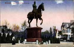 Postcard Hansestadt Bremen, Das Kaiser Friedrich Denkmal mit Umgebung