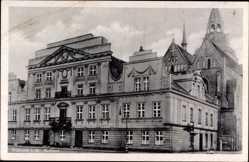 Postcard Güstrow im Kreis Rostock, Die Außenansicht des Rathaus