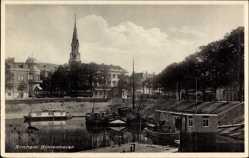 Postcard Arnhem Gelderland Niederlande, Binnenhaven, Kirchturm