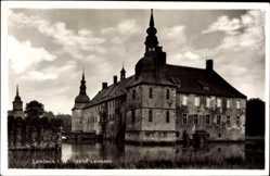 Postcard Lembeck Dorsten, Blick auf das Wasserschloß, Schloßgraben