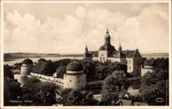Postcard Vadstena Schweden, Slottet, Totalansicht vom Schloss