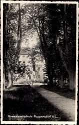 Foto Ak Ruppersdorf Herrnhut in der Oberlausitz, Blick auf die Grenzlandschule