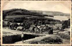 Postcard Stadtlengsfeld im Wartburgkreis, Teilansicht mit Rückersberg, Wanderer