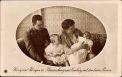 Ak Herzog Ernst August von Braunschweig Lüneburg, Victoria Luise, Söhne