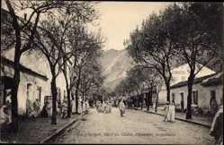 Postcard Kerrata Algerien, Rue principale, Hotel du Chabet, Dieudonnet, Einheimische