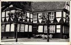 Postcard Uetze in Niedersachsen, Hohmanns Hotel, Eingang, erbaut 1624
