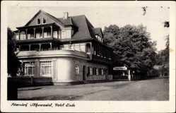 Postcard Sitzendorf in Thüringen, Ansicht des Hotel Linde, Straßenpartie