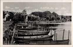 Postcard Lychen im Kreis Uckermark, Promenade am Oberpfuhlsee, Ruderboote