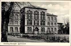 Postcard Hamburg Wandsbek, Straßenpartie mit Blick auf das Gymnasium