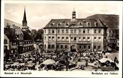 Postcard Neustadt an der Weinstraße, Marktplatz mit Rathaus, Brunnen, Marktstände