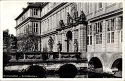 Postcard Wolfenbüttel in Niedersachsen, Blick auf die Schlossbrücke, Eingang