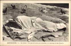 Postcard Abessinien Äthiopien, La Literie, Une peau de vache sert de matelar