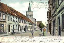 Ak Lubsko Sommerfeld Ostbrandenburg, Wilhelmstraße, Kirchturm, Passanten