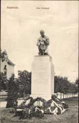 Postcard Saarlouis im Saarland, 30er Denkmal, Soldatendenkmal