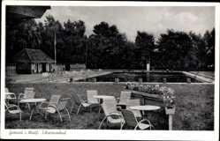 Postcard Gronau im Münsterland Westfalen, Blick ins Schwimmbad, Gartenstühle
