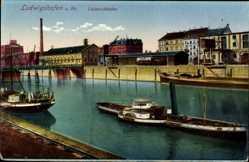 Postcard Ludwigshafen am Rhein, Luitpoldhafen mit Dampfer und Stadtblick
