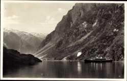 Postcard Gudvangen Norwegen, Partie im Fjord, Blick auf den Dampfer