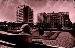 Postcard Alexandria Ägypten, Place Saad Zaghloul, Hochhaus, Blick auf einen Platz