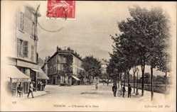 Ak Voiron Isère, L'Avenue de la Gare, Bahnhofstraße