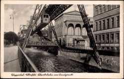 Postcard Elberfeld Wuppertal in Nordrhein Westfalen, Schwebebahn am Landgericht