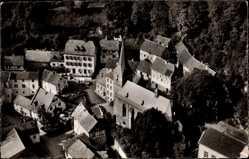 Postcard Blankenheim Eifel, An der Ahrquelle, Vogelschau, Kirche