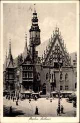 Ak Wrocław Breslau Schlesien, Ansicht des Rathauses mit Glockenturm