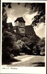 Postcard Halle an der Saale, Blick auf die Moritzburg, Parkanlage, Weg