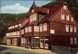 Postcard Wildemann im Oberharz, Blick auf Pension Hennecke, Seitenansicht