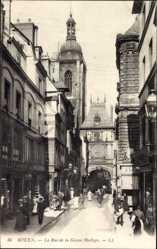 Ak Rouen Seine Maritime, La Rue de la Grosse Horloge, Turmuhr