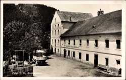 Postcard Perg Oberösterreich, Straßenpartie mit Blick auf die Kuchelmühle, Sägewerk