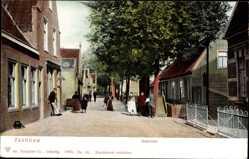 Postcard Zaandam Nordholland, Oostzijde, Anwohner, Straßenpartie, Häuser