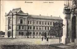 Postcard Kramsier Reg. Zlin, Straßenpartie mit Blick auf die Lehrer Anstalt