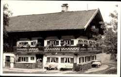 Foto Ak Gmund am Tegernsee Oberbayern, Wohnhaus, Terrasse
