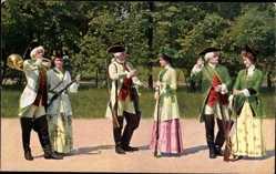 Postcard Meißen in Sachsen, Jägergruppe aus der Zeit August III.