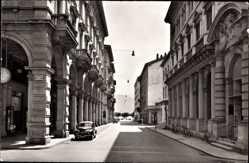 Postcard Lugano Kt. Tessin Schweiz, Via della Posta, Straßenpartie, Postamt