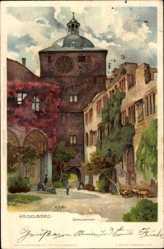 Künstler Ak Mutter, K., Heidelberg am Neckar, Blick auf das Schlosstor
