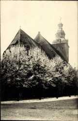 Foto Ak Havelberg in Sachsen Anhalt, Straßenpartie mit Blick auf Kirche