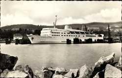 Postcard Sassnitz auf der Insel Rügen, Schwedenfähre Trelleborg im Hafen