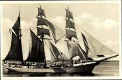 Postcard Blick auf Segelschulschiff Niobe auf dem Wasser